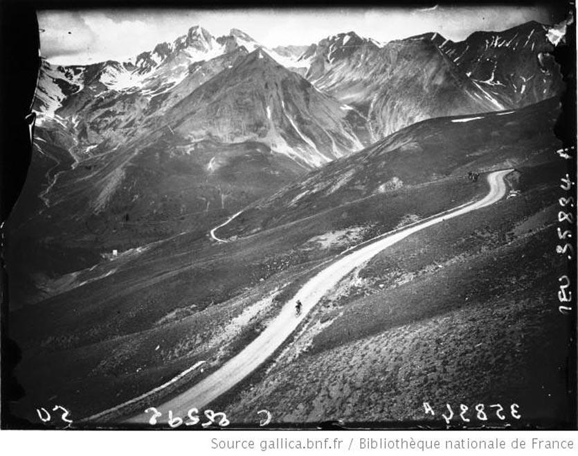 Dans le Col d'Allos, L. Buysse en tête 1926