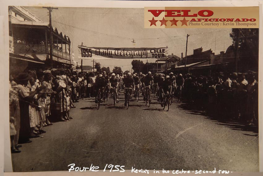 bicycle-race-bourke-australia-1955