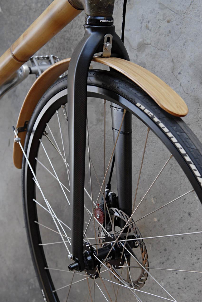 detonator-bike-tire.jpg