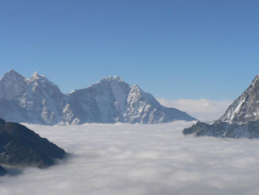 nepal-bike-trekking.jpg