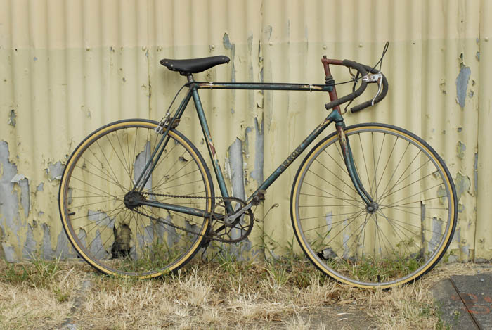 Track racing Arrow bicycle from the 1930's