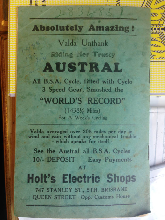 Arthur Dowse kept this Hawthorne Park velodrome race meet programme with an Austral advert for Valda Unthank's world record. With thanks to Joe Cosgrove, programme from his Arthur Dowse archive.