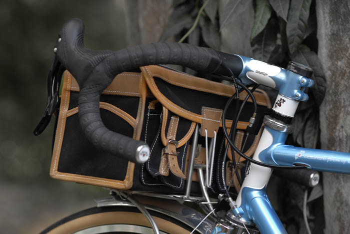 Rear view Gilles Berthoud handlebar bag.
