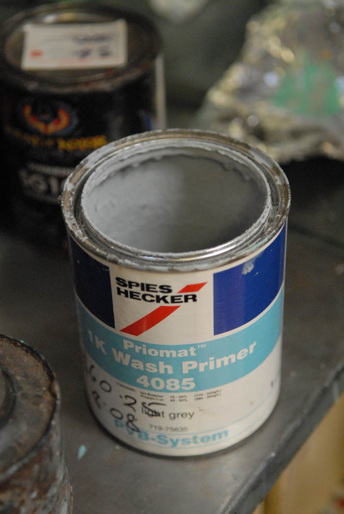Adhesion promoting sealer coat paint.
