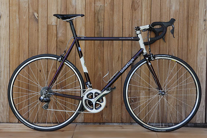 Llewellyn Custom Bicycles Cadenzia Shimano Dura Ace equipped Di2