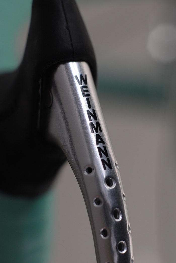 Weinmann Carrera 400 brake lever.