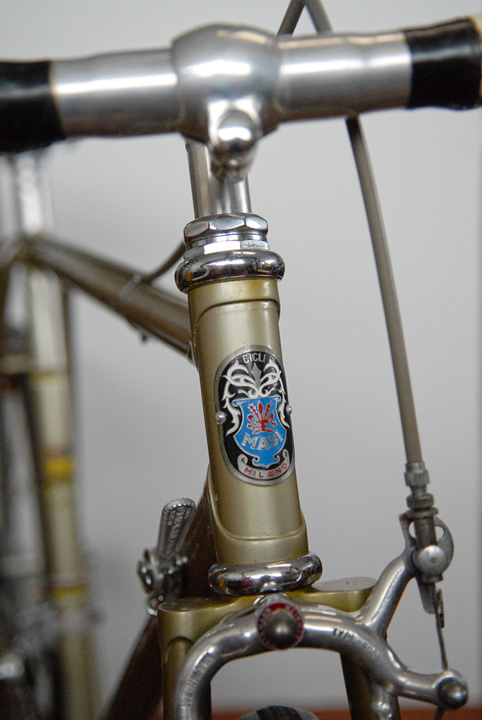 Masi head badge from the early 1960's still intact with the new paint scheme from the early 1970's.