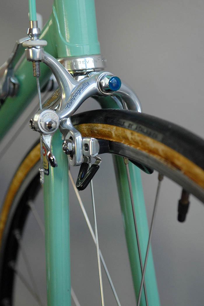 Mint Campagnolo Cobalto brake calipers.
