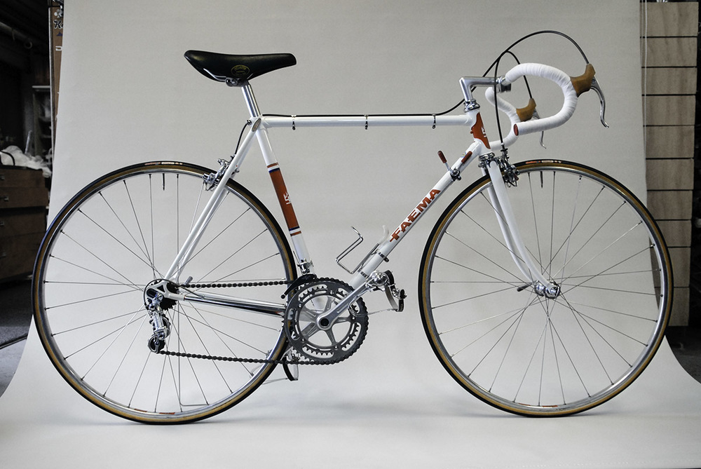 The Eddy Merckx bike obsession. Joe had raced bikes back in the era when Merckx was racing on the Faema. Building a replica of the original gave Joe a tangible link to his history as a cyclist. The next bike on his list to build was a modern version, the bike that 'died'.