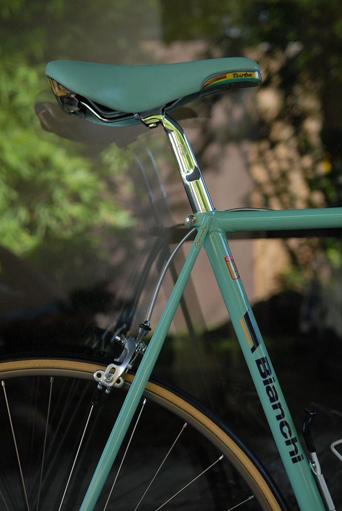 Bianchi cursive script, seat stay top eyes painted in with gold. One of the features which makes the Bianchi X4 so sought after by bike collectors.