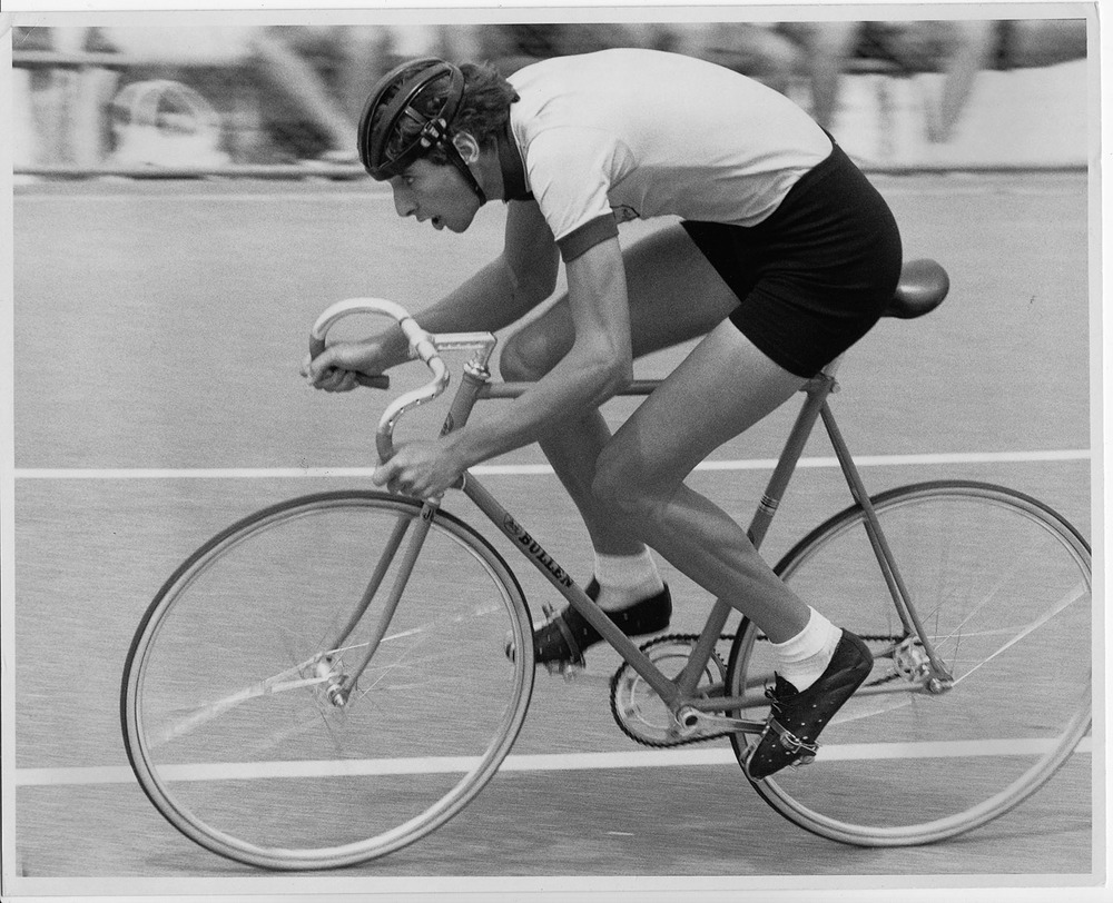 Racing track and road, Robert's first coach was Jock Bullen so track had to be part of the programme. Hanson Reserve Adelaide, Australian track championships. In the days when Australian track championships were held on outdoor tracks. March 1978. Image credit Ray Bowles.