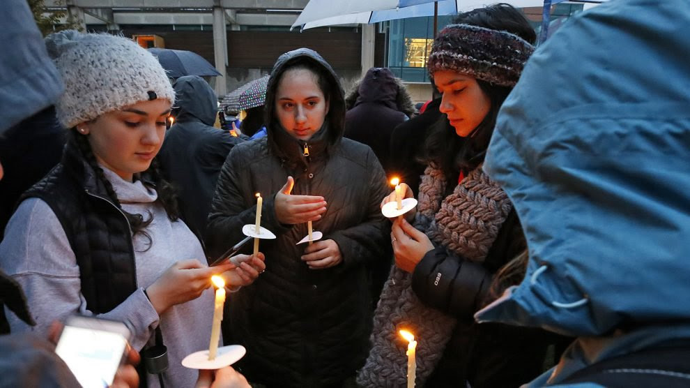 Pittsburgh vigil 1.jpg