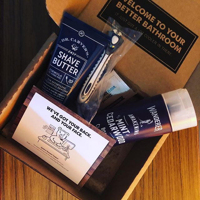 Embracing the trend! #dollarshaveclub #notgifted #mensskincare #menskincare #beautybloger #beautybloggers #beautybloggerau #beautybloggersau #skincareblogger #skincarebloggerau #shaving #shavingtips
