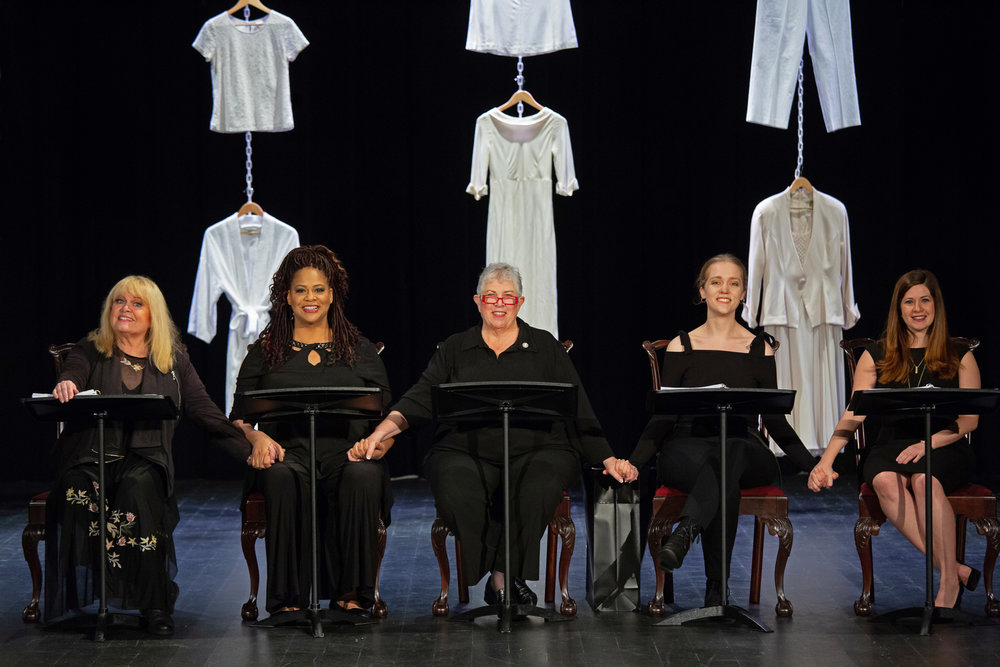 The cast of  Love, Loss, and What I Wore.  From L to R: Sally Struthers, Kim Coles, Joyce Reehling, Olivia Rose Barresi, Ashely Grossman (photo credit Tim Sawyer, Oct 2018)