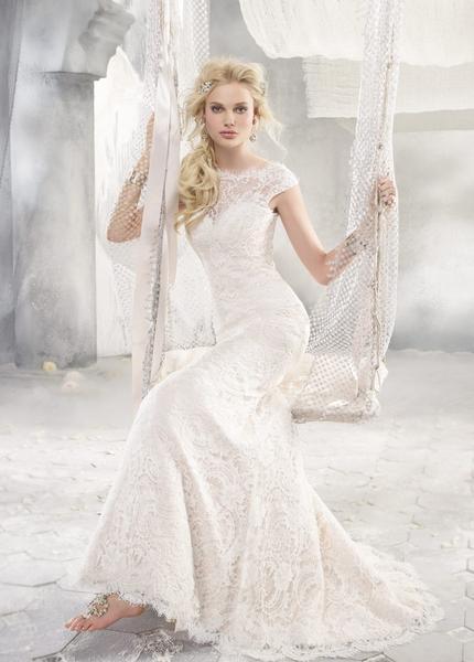 Gown: Alvina Valenta 9258