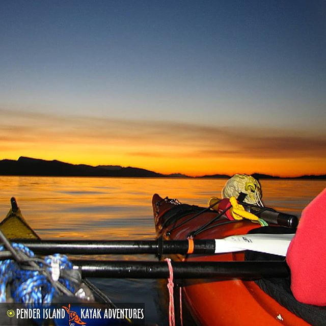 Who can resist a sunset like this? This could be you soaking it all in. Kayak rentals, lessons, sunset tours, multi day trips and more in the Southern Gulf Islands National Reserve can be booked with our friends at www.kayakpenderisland.com So do yourself a favour and check them out! #explorebc #gulfislands #nature #sunsets #kayaking #adventure #NationalParks  #Canada #PenderIsland #beautifulbritishcolumbia