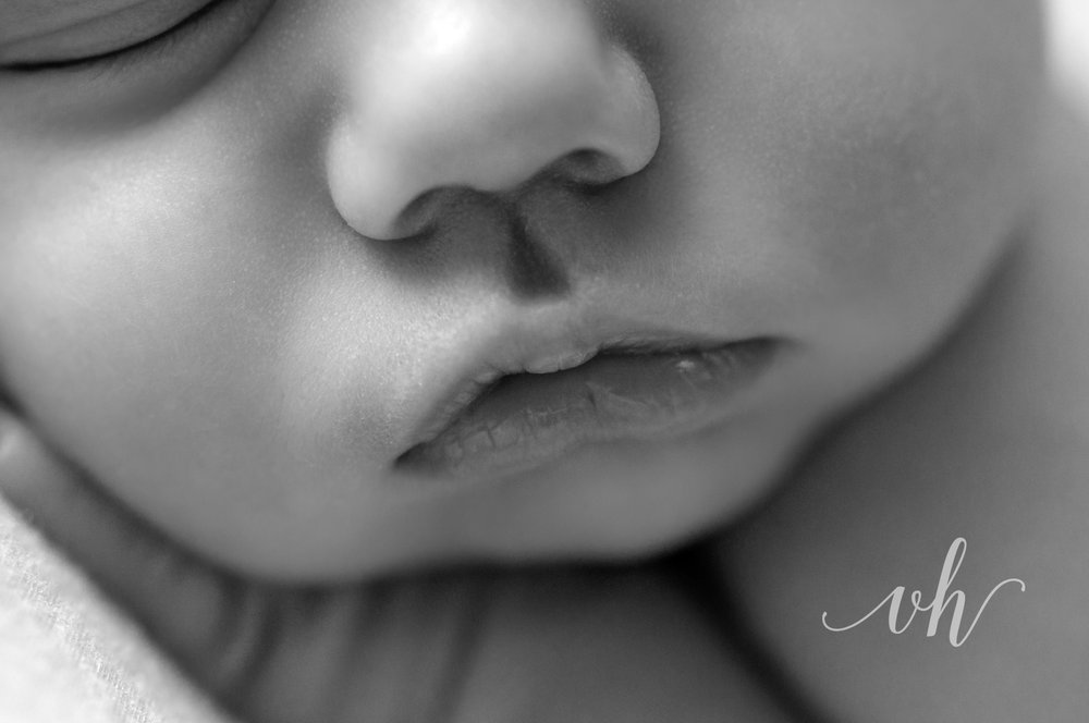 bham-newborn-baby-photographer-detail-closeup-boy