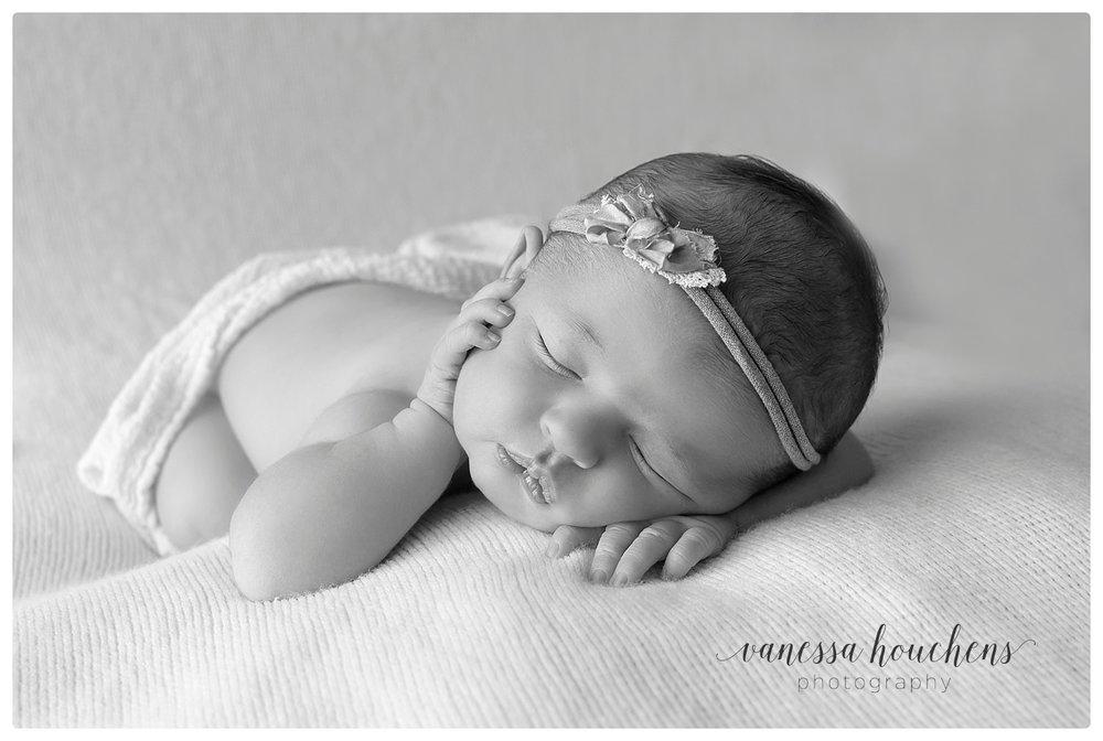 Huntsville Newborn Photographer_0021.jpg
