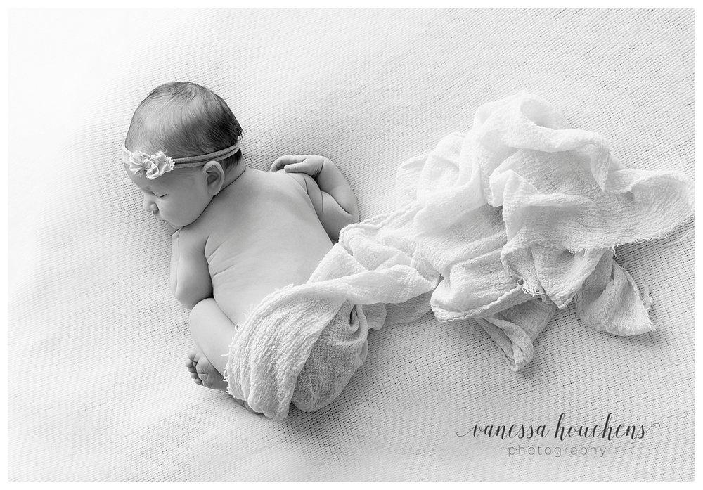 Huntsville Newborn Photographer_0020.jpg