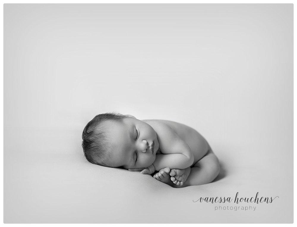 Huntsville Newborn Photographer_0027.jpg