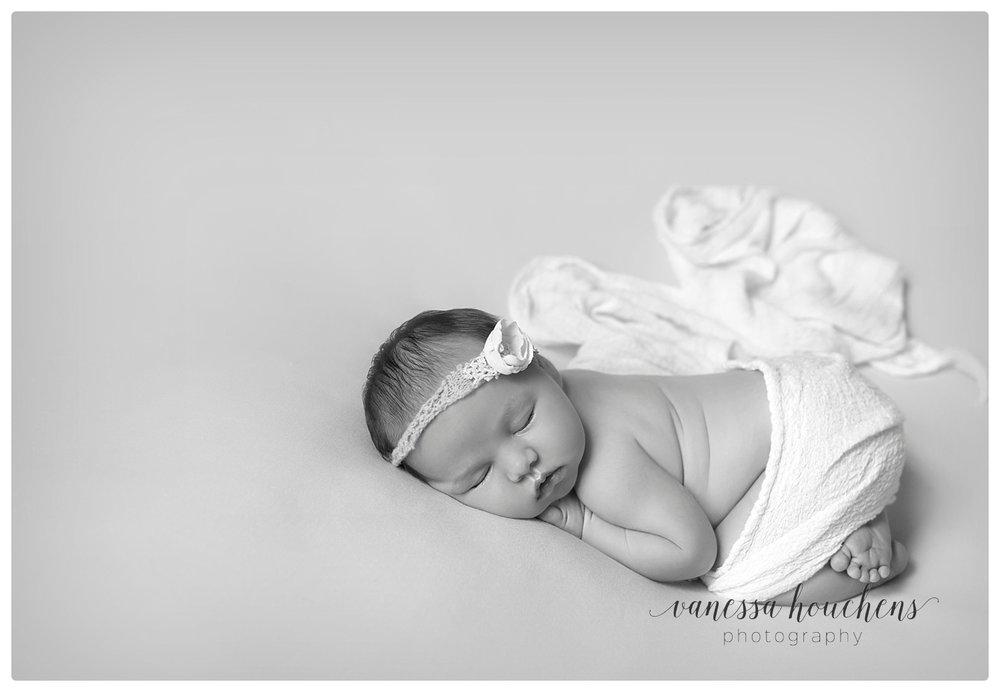 Huntsville Newborn Photographer_0030.jpg