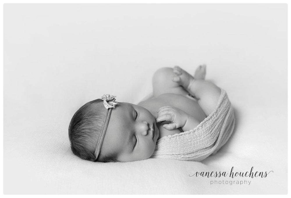 Huntsville Newborn Photographer_0031.jpg