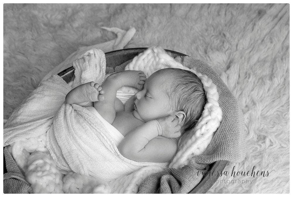 Huntsville Newborn Photographer_0081.jpg