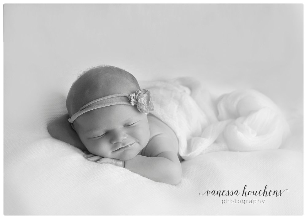Huntsville Newborn Photographer_0103.jpg