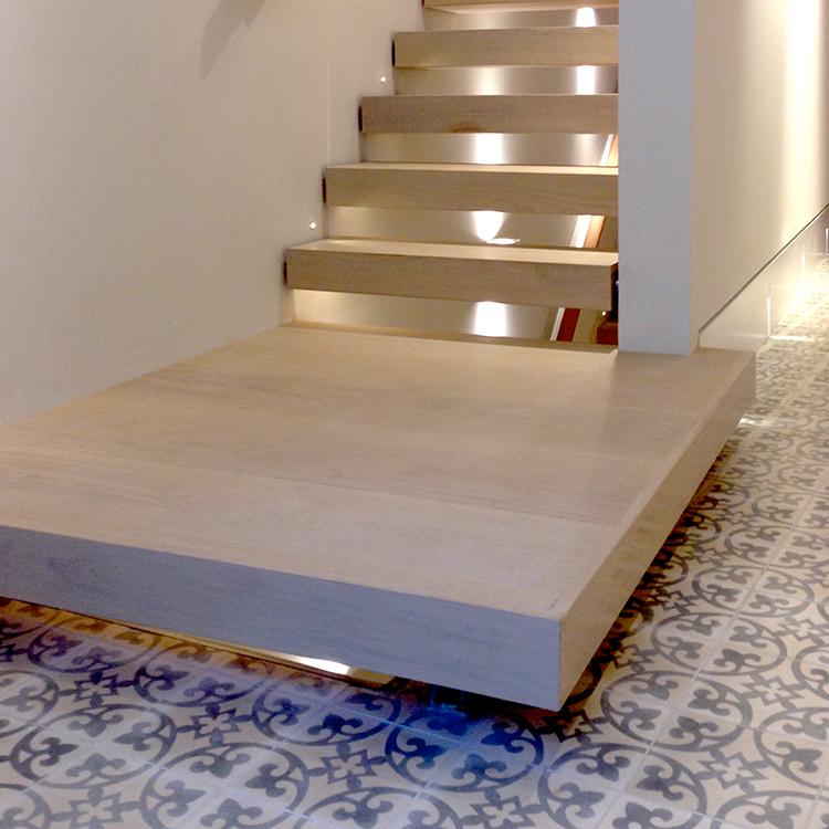 open-tread-stair.jpg