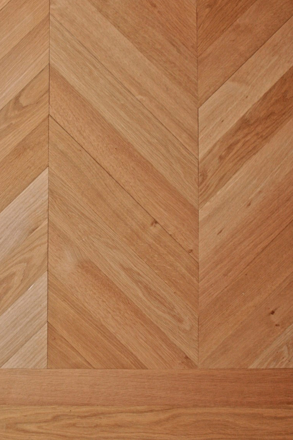 Oak-Chevron