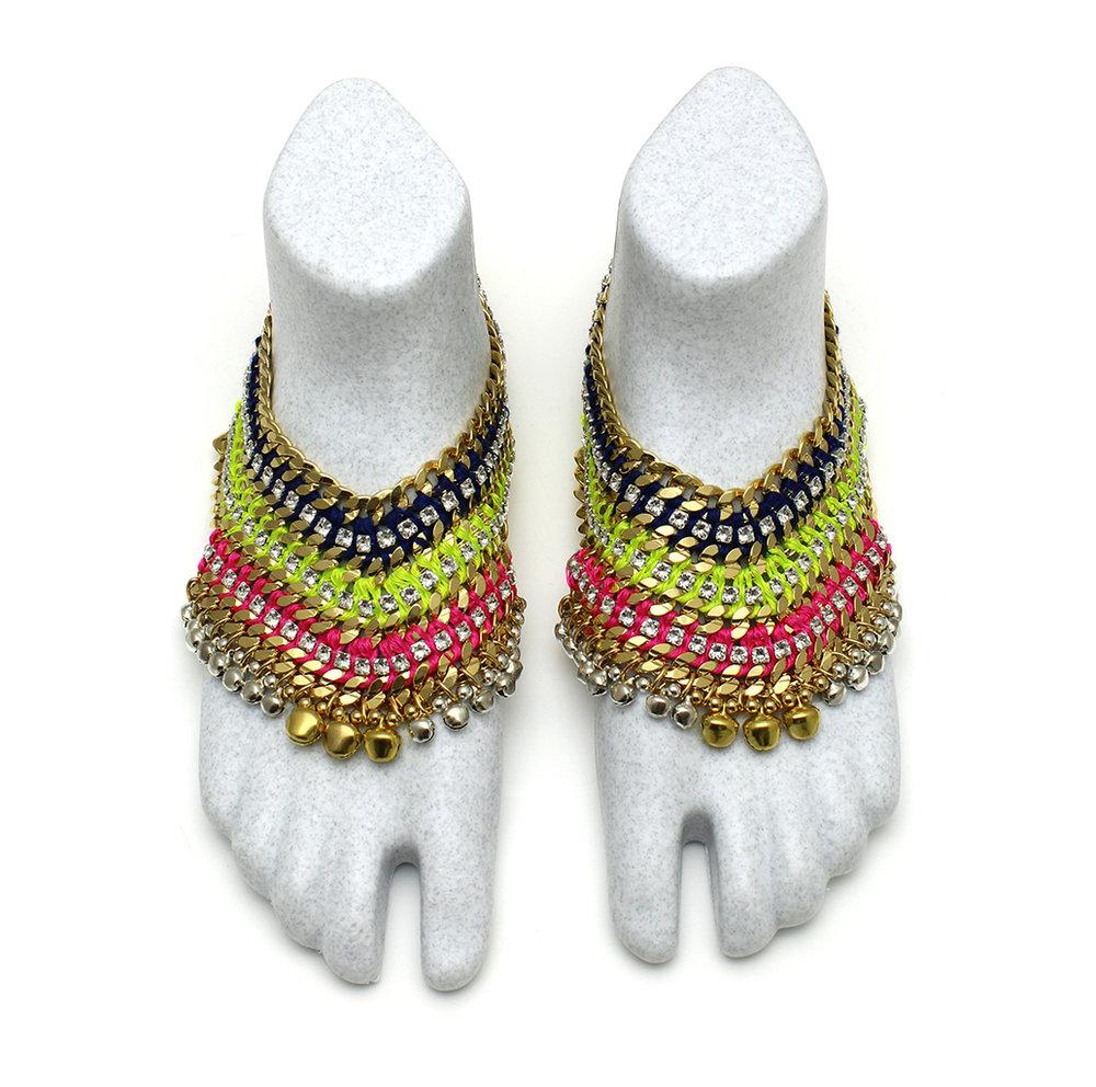 098T Crystal Technicolour V Foot Embellishment [2].jpg