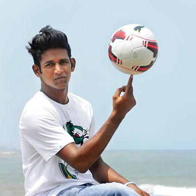 Archie Patel Football Freestyler Mumbai India.jpg