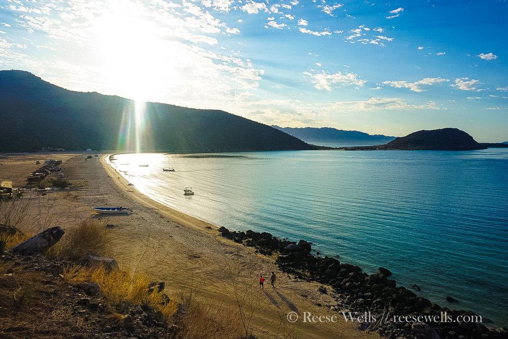 Playa Santispac, between Mulege & Loreto. A popular beach camp.