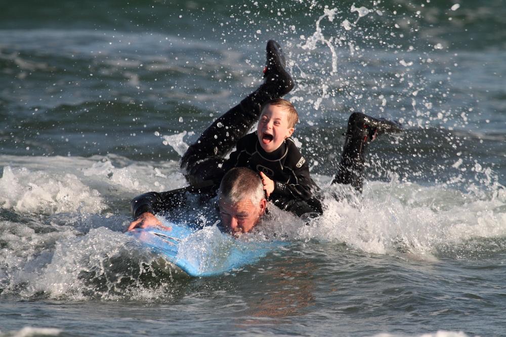 specialsurfer3.jpg