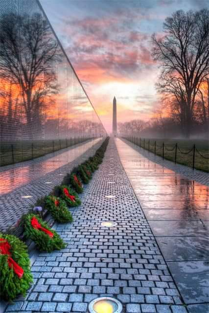 Wreaths at Vietnam Memorial Wall.JPG