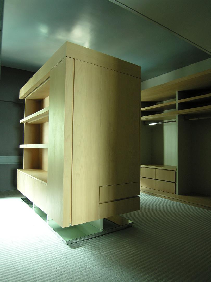 Study room- center wardrobe 1 (high rev).jpg