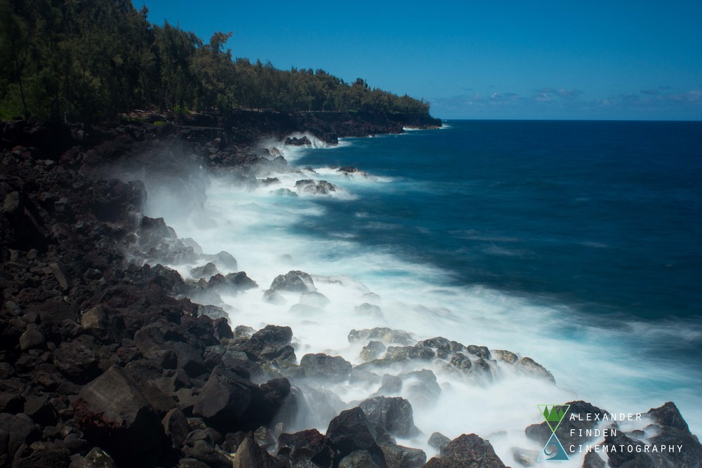 A still from a timelapse of the waves crashing up against MacKenzie State Park's lava coastline.