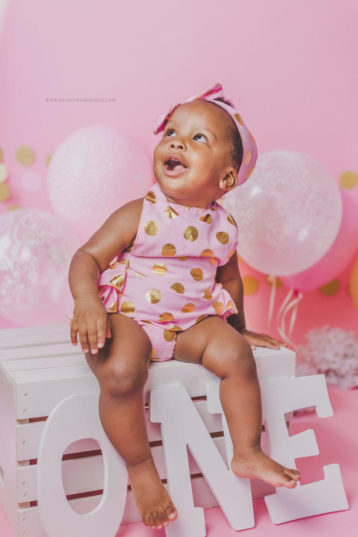 Charlotte Baby Cake Smash - One Year Birthday-2.jpg