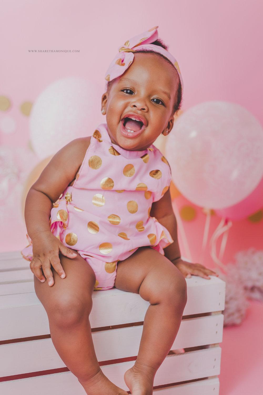 Charlotte Baby Cake Smash - One Year Birthday-5.jpg