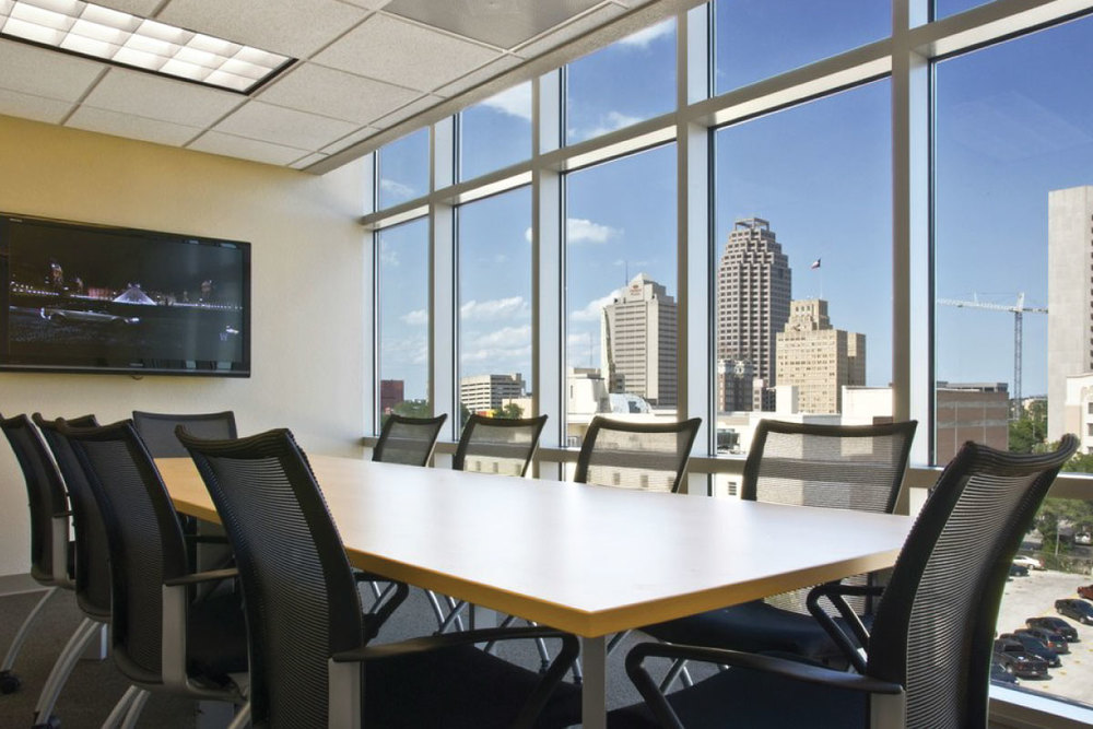 EXECUTIVE BUSINESS CENTER