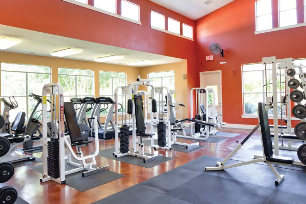 1250 SQ FT FITNESS CENTER