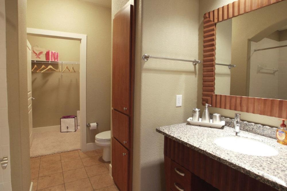 Bath & Closet
