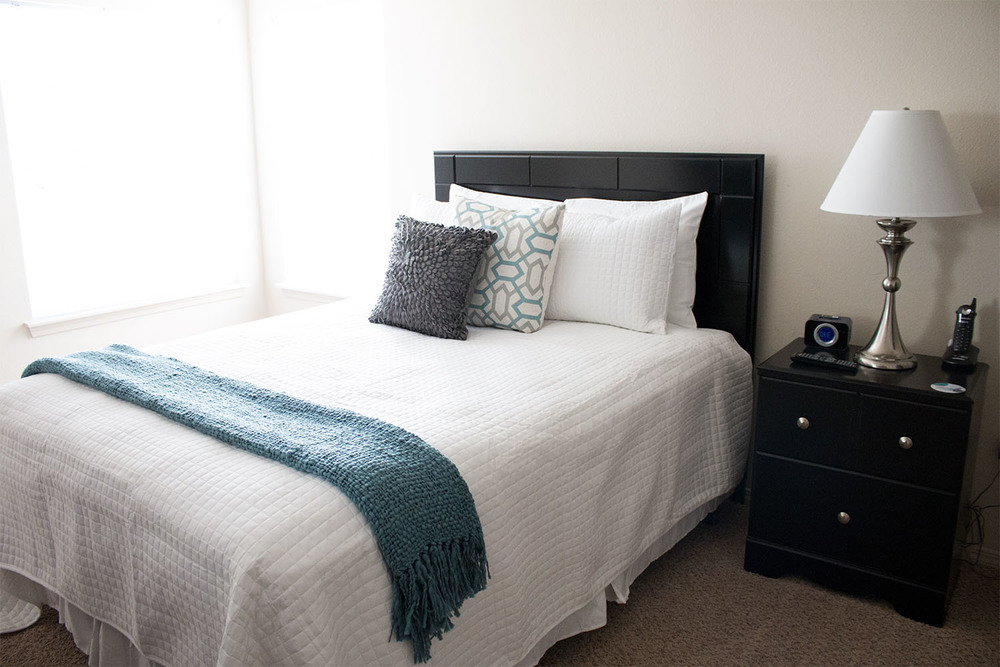 EXECUSTAY MIDWEST BEDDING