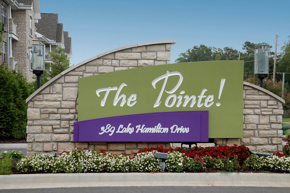 The-Pointe-HotSprings-sign.jpg