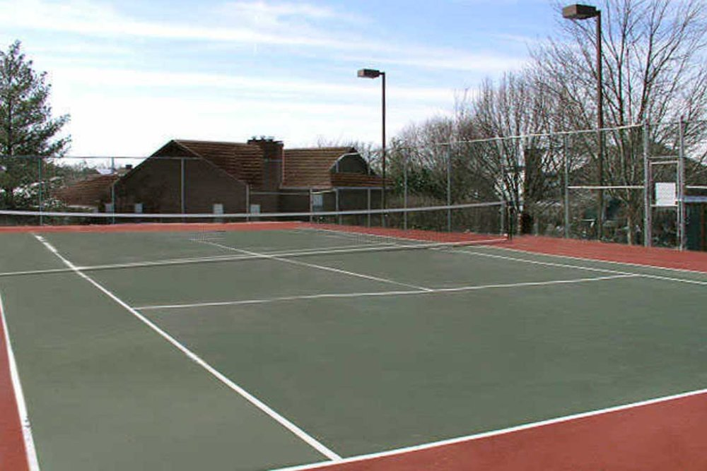 Chesterfield-Village-tennis.jpg