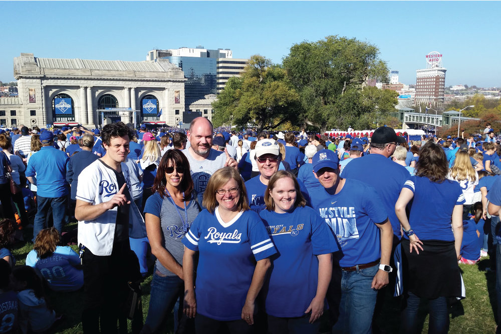 ESKC-at--Royals-world-series-parade.jpg