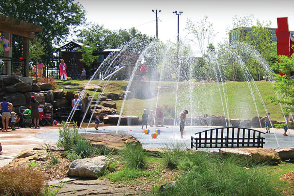 LR-RiverMarket-fountain.jpg