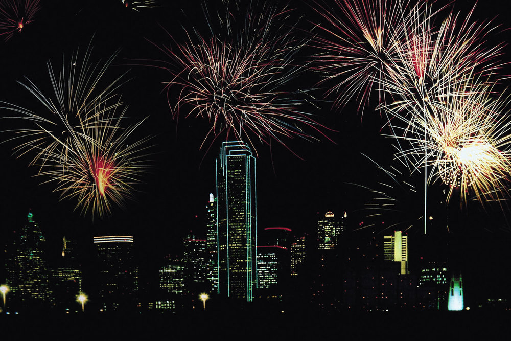 dallas-fireworks-lr.jpg