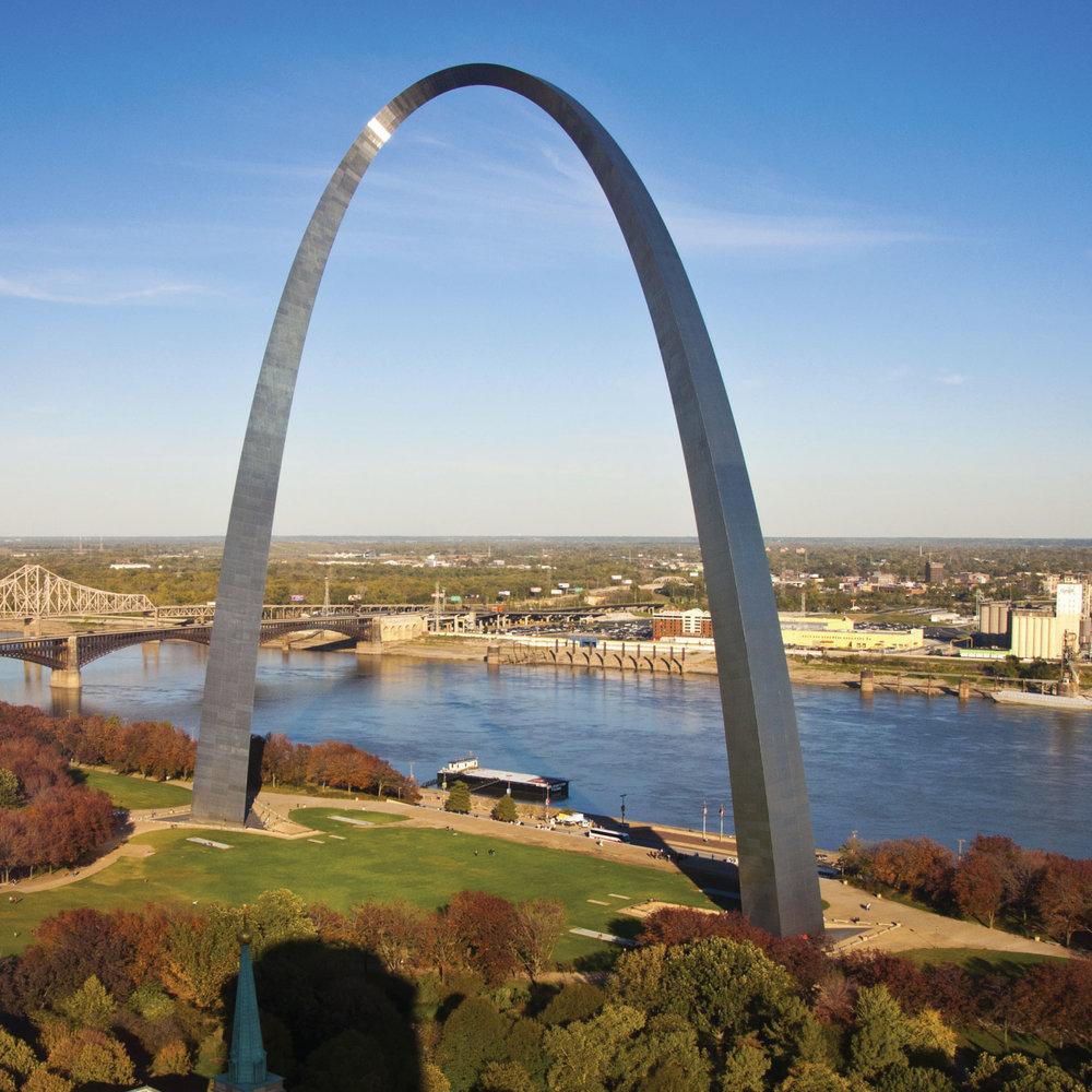 St-Louis-Gateway-Arch.jpg