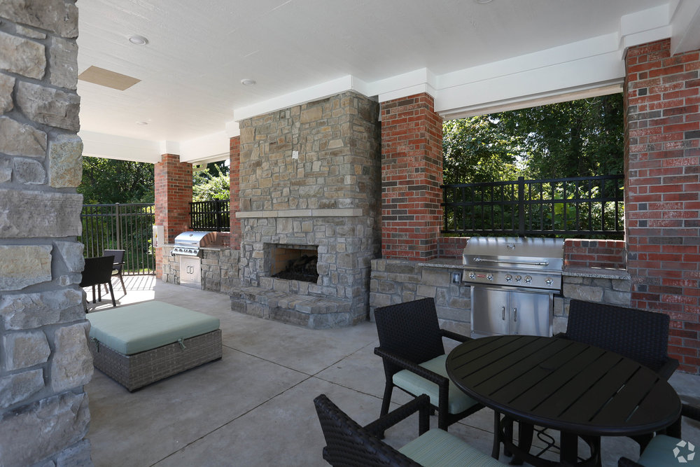 Grilling Area & Fireplace
